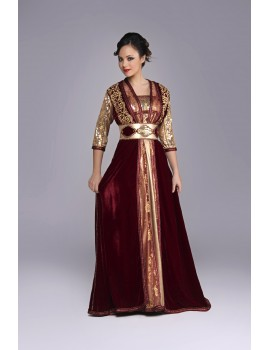 kaftan composed of 3 pieces in burgundy velvet and golden embroidery